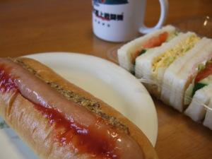 ホットドッグ&サンドイッチ